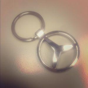Mercedes silver tone metal key chain nwot